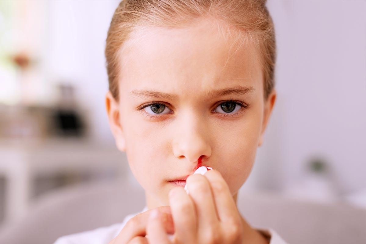 Sangrado de la nariz y dolor de cabeza